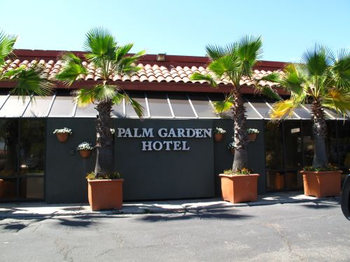 palm garden hotel thousand oaks lodging and apartments hotels conejo valley 411 conejo valleys complete business directory - Palm Garden Hotel