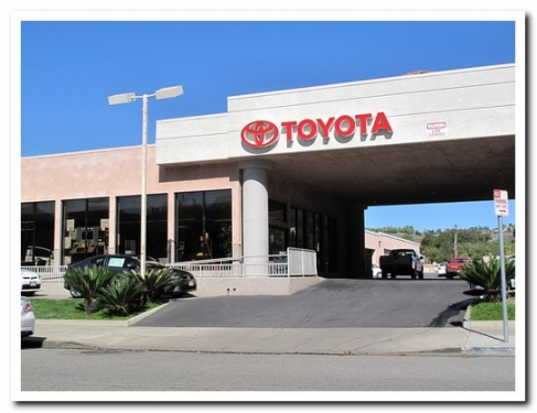 Toyota Of Thousand Oaks | Thousand Oaks | Automotive | Auto Dealers |  Conejo Valley 411   Conejo Valleyu0027s Complete Business Directory